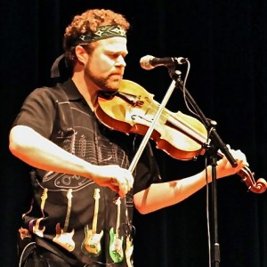 Rock violist David Wallace DocWallaceMusic