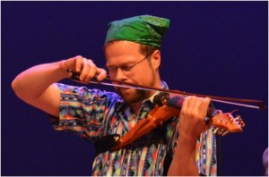 David Wallace gives an emotional electric viola performance at the 2013 MWROC Festival